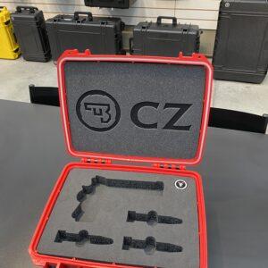 maleta para transporte de pistola CZ Shadow 2 com carregadores e munição